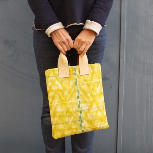 おしゃれな普段着物に コーデする A4和装バッグ