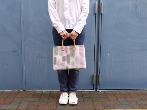 おしゃれな普段着物にコーデできるA4和装バッグ